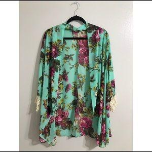 Tobi | Floral Kimono